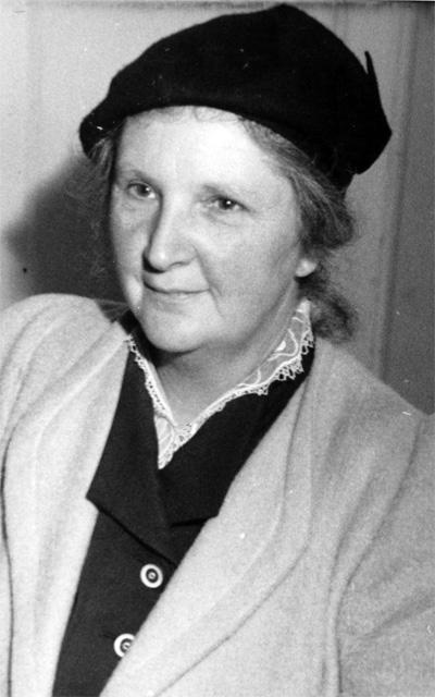 Anna Kjems (1893-1990)