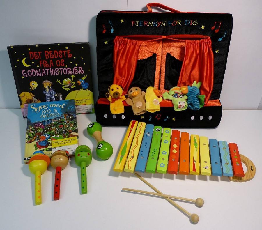 Fingerdukketeater  - sprogkuffert for 3-6 årige