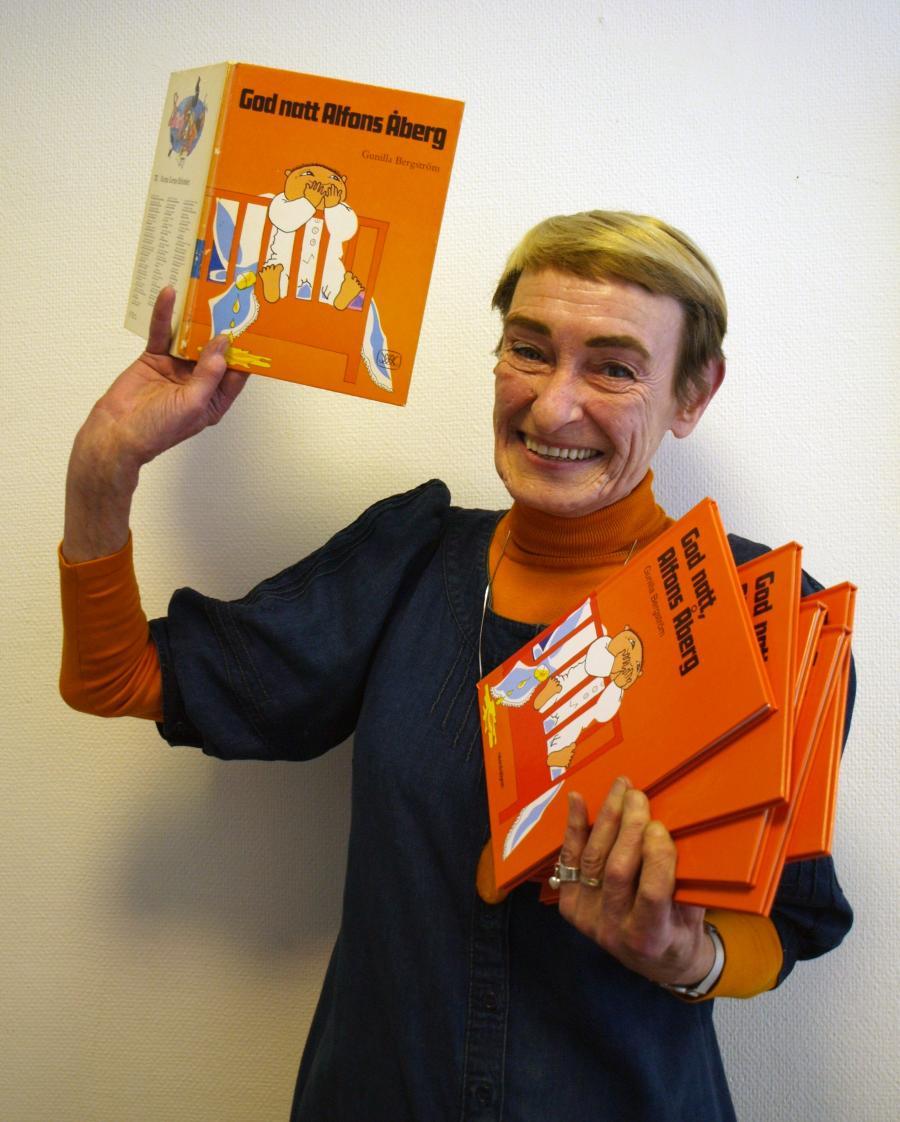 Gunilla Bergström med sine bøger. Foto: Wikimedia