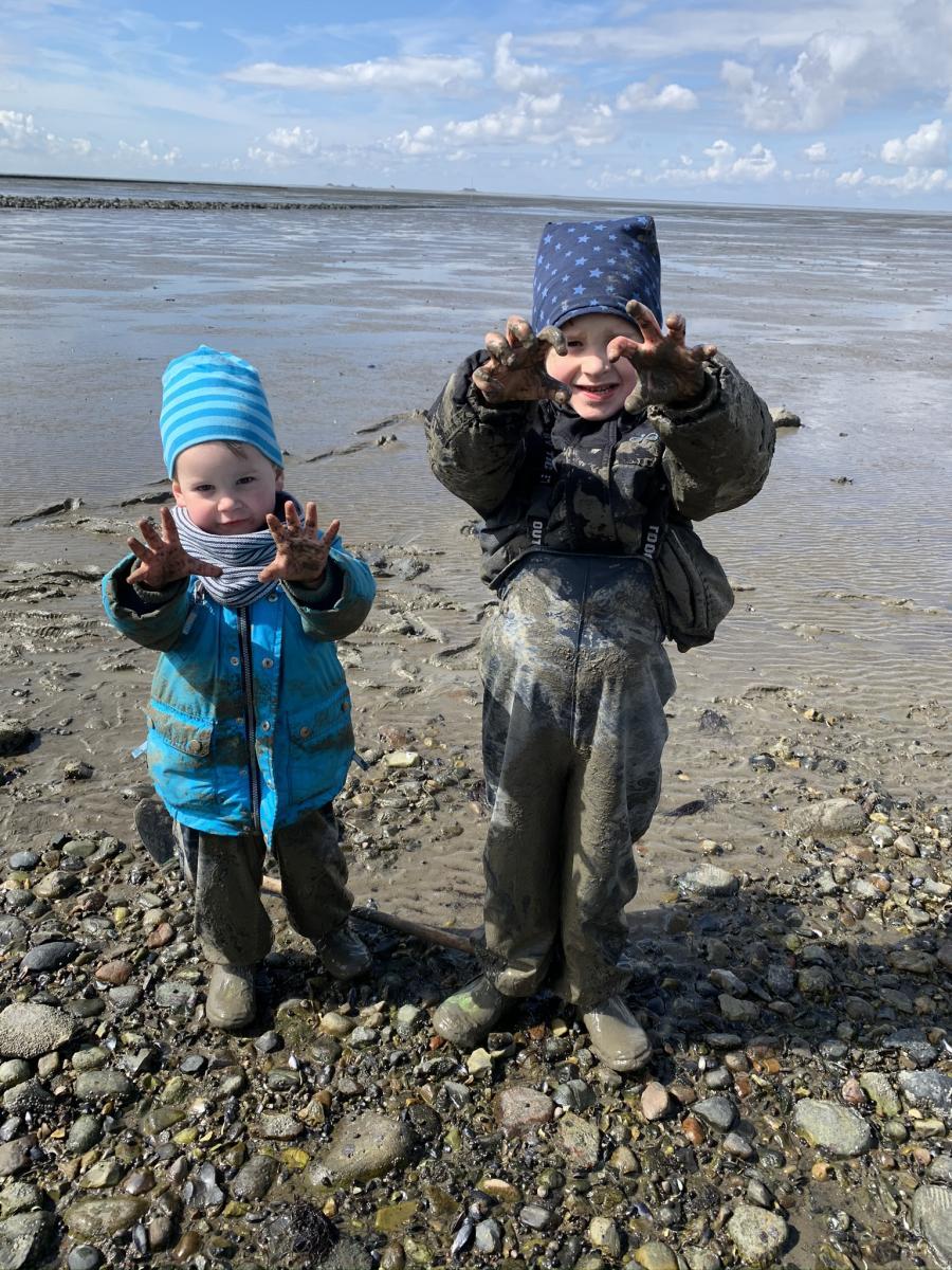 Børn i naturen. Foto: Oplev Sydslesvig